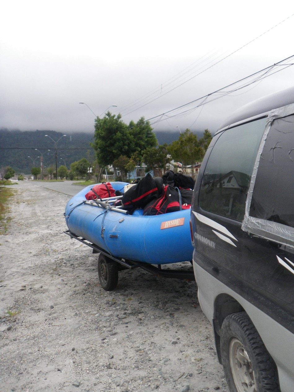 All loaded up and ready for the 3 hour drive to the Rio Futaleufu, Photo by Ben Robson